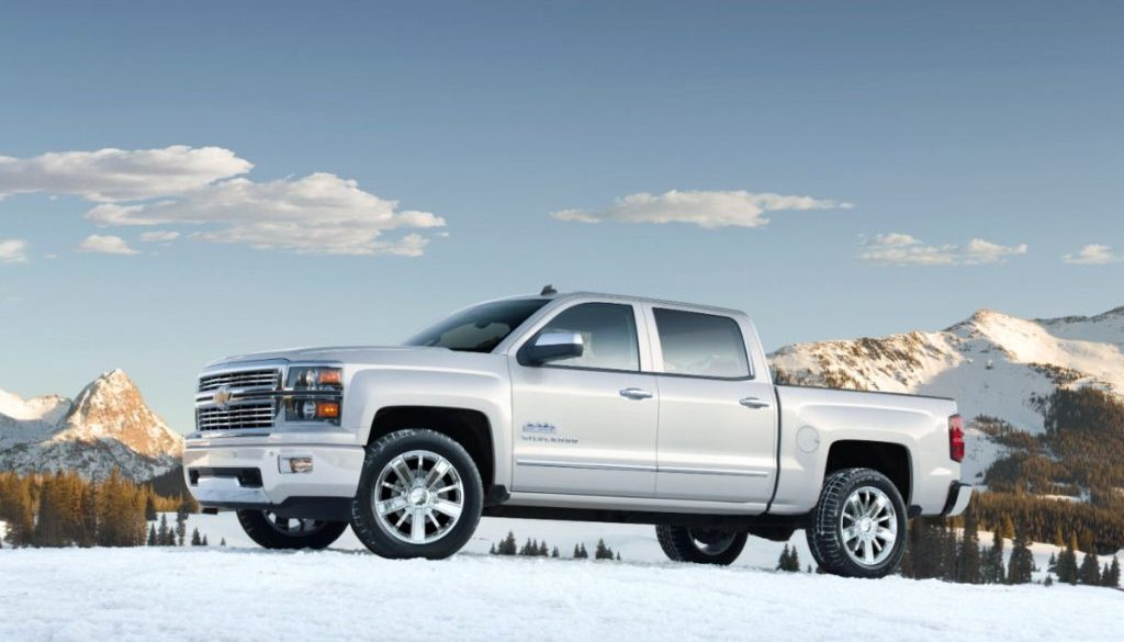 2014 Chevrolet Silverado High Country in White. © Copyright General Motors